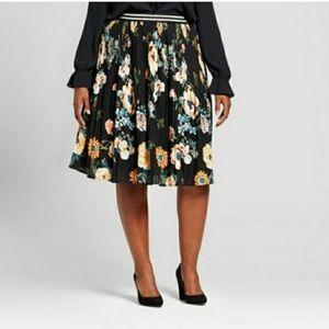 Ava & Viv Flowy Floral pleated Skirt NWT